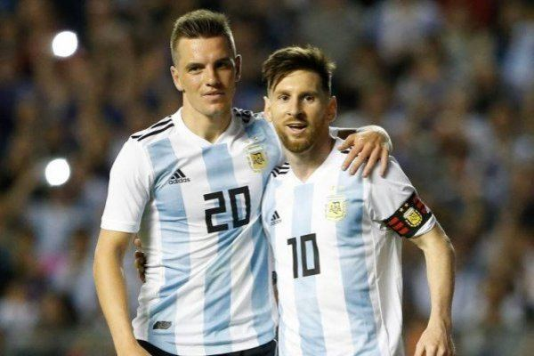 Lo Celso con Messi