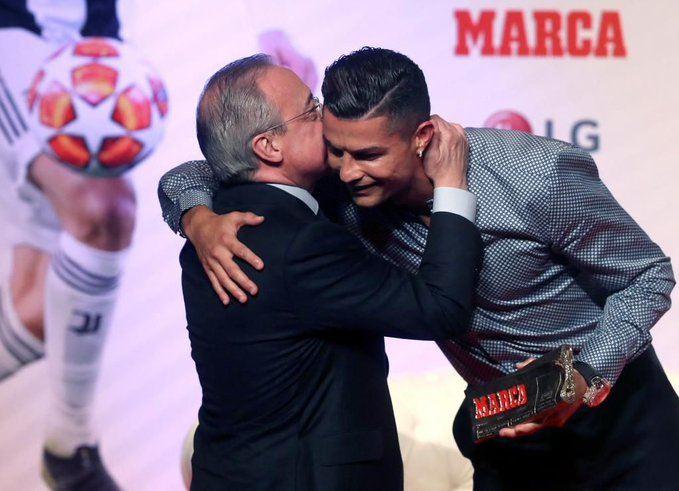 Florentino Pérez en una entrega de premios con Cristiano Ronaldo