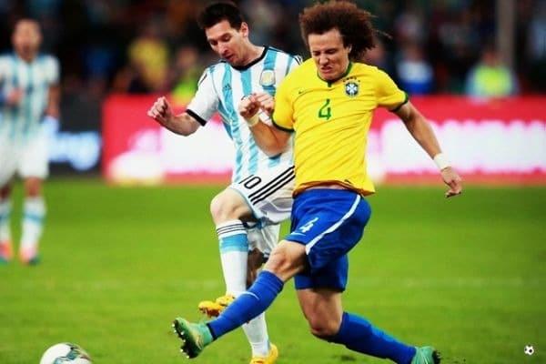 David Luiz y Lionel Messi