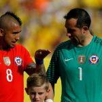 """Estalla el lío entre Claudio Bravo y Arturo Vidal: """"Nunca seremos amigos"""""""