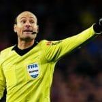 ¿Te apasiona el mundo del arbitraje? Traemos el Set Original de árbitro de fútbol