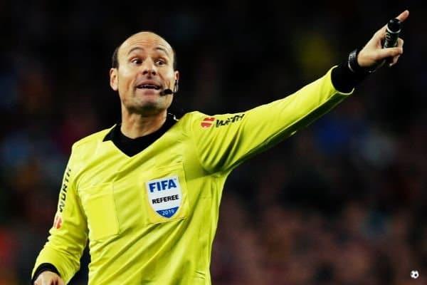 Árbitro de fútbol Mateu Lahoz