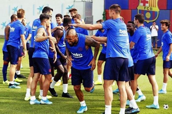 Kit de entreno FC BARCELONA