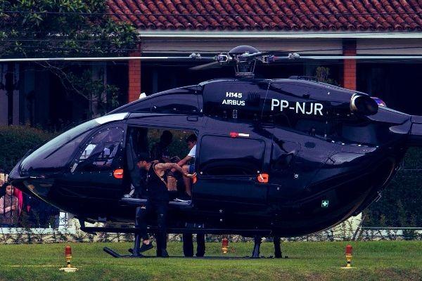 Helicóptero de Neymar JR