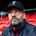Jurgen Klopp lo invita a salir y es uno de los tres mejores jugadores del Liverpool
